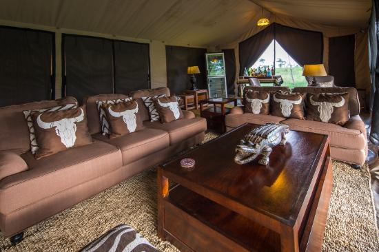 River camp Serengeti